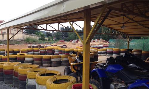 スイティエンテーマパーク内のサーキット